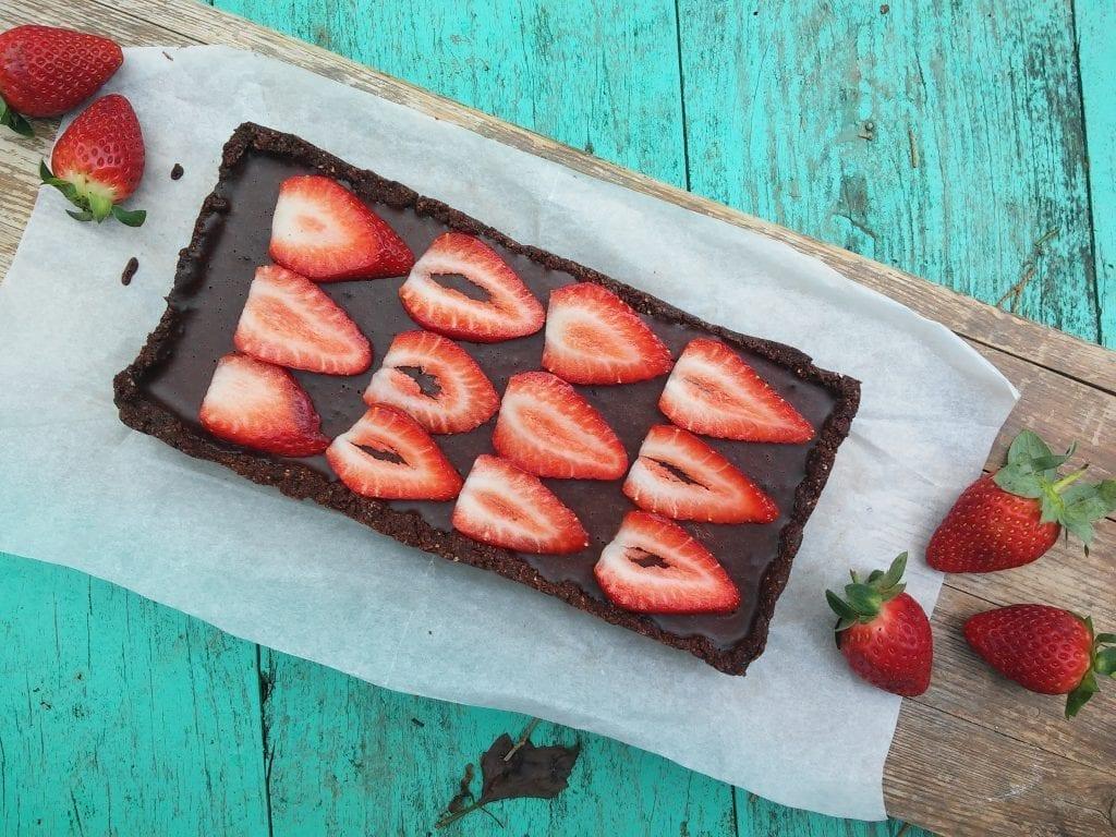 טארט שוקולד תותים טבעוני ללא גלוטן
