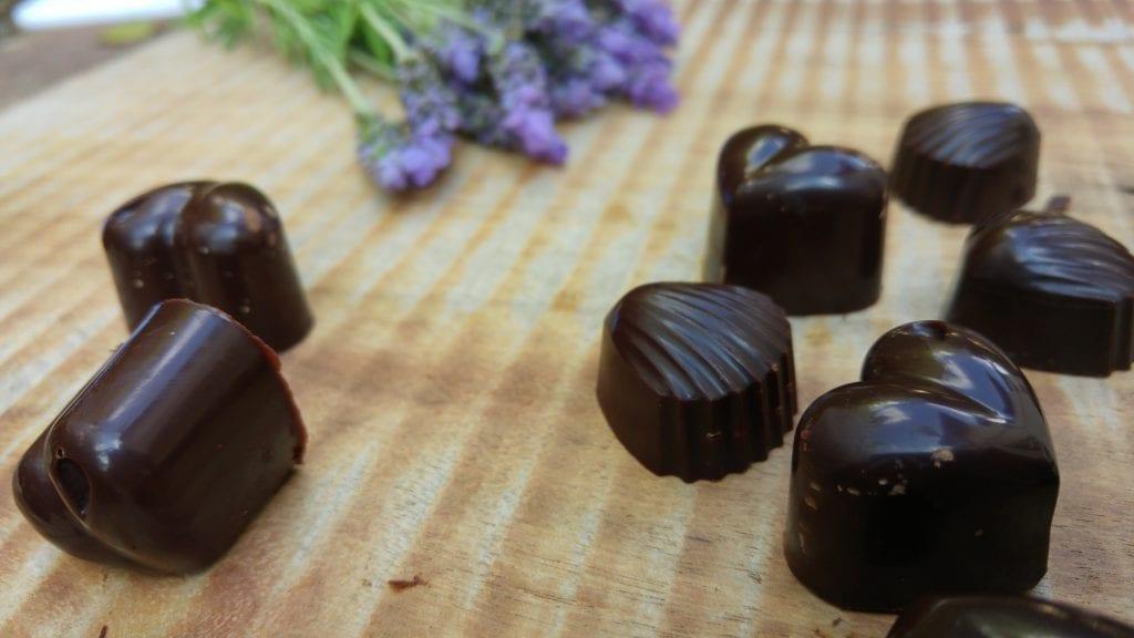 שוקולד ביתי טבעוני ללא סוכר