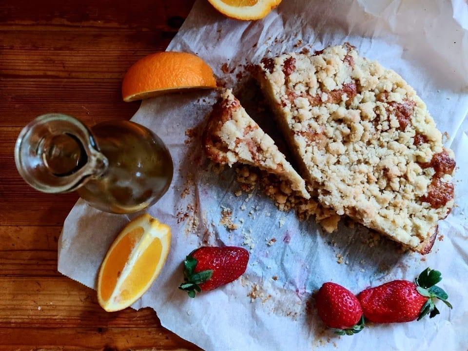 עוגת תפוזים ותותים עם שמן זית